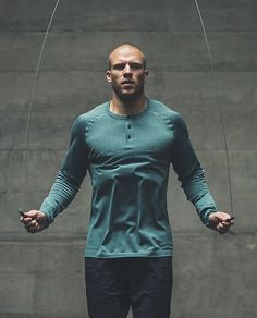 Metal Vent Tech LS Henley |We engineered this long sleeve, all-sport shirt with anti-stink technology so you'll never have to pretend that gym bag isn't yours. We added strategic body-mapped ventilation to bring on the breeze where you heat up the most.