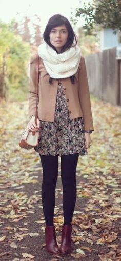 #fall #fashion / camel coat + white scarf