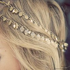 Saw a couple of these headbands at charming charlie and ulta.. but still haven't bought one.. one of these days! :)