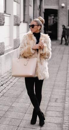 Faux Fur Coat Outfits: Sendi Skopljak is wearing a popularity faux fur coat from Chicy