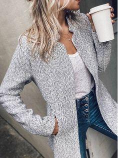 Trend Fashion, Autumn Fashion, Women's Fashion, Latest Fashion, Fashion Over 50, Mode Outfits, Fashion Outfits, Jackets Fashion, Looks Style