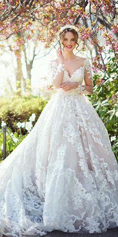 Ysa Makino Wedding Dresses — Spring Inspiration For You Buy Wedding Dress, Fall Wedding Dresses, Wedding Dress Sleeves, Bridal Dresses, Lace Wedding Dress Ballgown, Wedding Lace, Gown Wedding, Mermaid Wedding, Garden Wedding