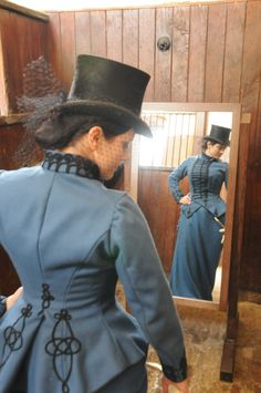 1885 riding habit in wool. Beautiful braiding on the backside Lovely details to use on military style riding habit Victorian Costume, Steampunk Costume, Victorian Steampunk, Steampunk Fashion, Victorian Fashion, Vintage Fashion, Historical Costume, Historical Clothing, Damsel In This Dress