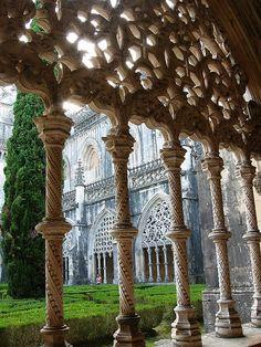 """""""Mosteiro de Santa Maria da Vitória"""" (""""Mosteiro da Batalha""""). Ordem Dominicana. Arquitetura: Gótica. Concluído por volta de 1517.  Batalha, Portugal"""