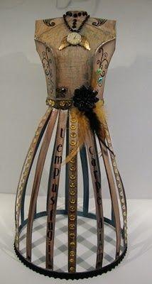 miniature dress form, decoration (via Vintage dress forms yummy!!)