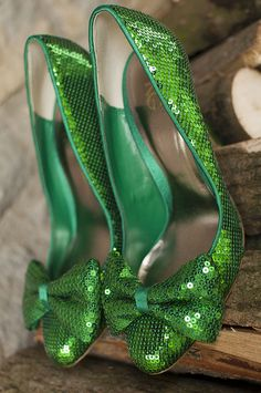 Sparkle! green shoes with bows