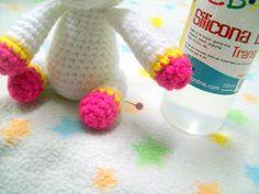 unicornio amigurumi Pdf, Couture, Ideas, Crochet Unicorn, Crochet Baby Dresses, Amigurumi Doll, Crochet Octopus, Table Runner Pattern, How To Knit