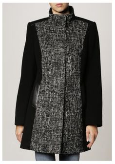 Gerry Weber Chicago Black Coat from the Autumn Winter 2014