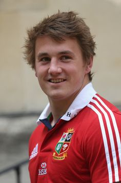 Jonathan Davies Photos - Jonathan Davies poses during the British and Irish Lions media day at Syon Park on May 2013 in London, England. - British and Irish Lions Media Press Conference Rugby Sport, Rugby Men, Welsh Rugby Players, Rugby Images, Gareth Davies, British And Irish Lions, International Rugby, Wales Rugby, Rugby World Cup