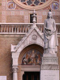 St Elizabeth of Hungary / Szent Erzsébet // Church in Budapest