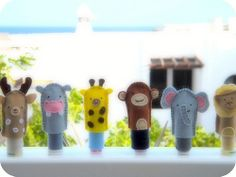 titeres de dedos / finger puppets by Fieltrunguis, via Flickr
