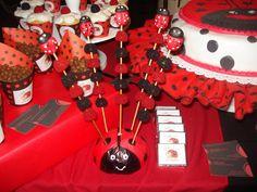 PUMPLEKIDS: TEMATICA VAQUITAS DE SAN ANTONIO - FOTOGRAFA NOELIA PUGLISI Tinkerbell Party Theme, Miraculous Ladybug Party, Ladybug 1st Birthdays, Happy Birthday Woman, Ladybug And Cat Noir, Bug Cake, Ladybug Crafts, San Antonio, 4th Birthday Parties