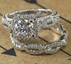 Diamond RingsWhat do you think of the colour? Diamond Rings 40 Seriously Swoon-some Engagement Rings YOU Secretly Want 45 Anillos de compromiso inspirados en Mod Wedding, Wedding Bands, Wedding Sets, Wedding Ring, Dream Wedding, Princess Wedding, Elegant Wedding, Bridal Sets, Bridal Rings
