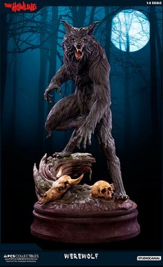 I had the awesome privilege to recreate a horror movie icon, the werewolf from The Howling. I was responsible for the entire ZBrush sculpt and the great Jerry Macaluso from PCS Collectibles provided terrific art direction (that fur! Disney Pop, Arte Horror, Horror Art, Horror Film, Statues, Pop Culture Shock, American Werewolf In London, The Howling, Werewolf Art