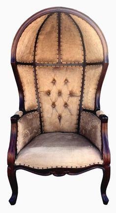 Superbe Louis Dome Balloon Arm Chair