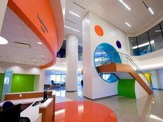 restaurante con decoracion con colores vivos - Buscar con Google