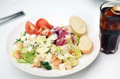 Курица с сыром Фета, салат, классика!