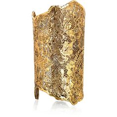 Aurélie Bidermann 18-karat gold-dipped lace cuff (€1.295) ❤ liked on Polyvore featuring jewelry, bracelets, accessories, cuff, gold, lace jewelry, 18k bangle, cuff bangle, cuff jewelry and 18k jewelry