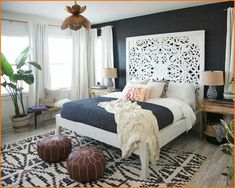 Love the dark & light contrast I. This bedroom