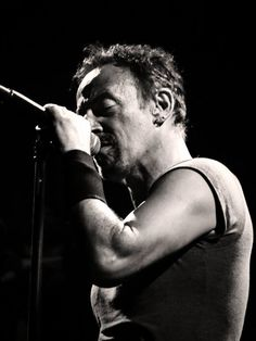 A new blog post is on it's way #BruceBuds!