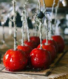 Unerwartete bunte Halloween-Dekor-Ideen 1