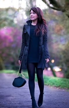 TOTAL BLACK!  The Classic colour for a chic outfit <3