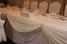 Vintage Head Table Decor   Weddingbee