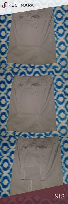 Kenar Skirt Gray high-waist, knee-length skirt, side zipper, double slit Kenar Skirts Pencil