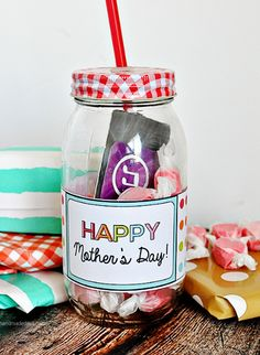 Make Your Own Gifts Last minute mothers day gifts jar favorite things and gift happy mothers day printable sisterspd