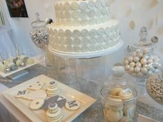 perfect wedding guide nashville, frosted affair wedding cakes, nashville wedding show booths, #nashville, #wedding, #gettingmarriedinnashville