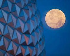 Super Luna June  2013 - Epcot Center, Orlando, Florida