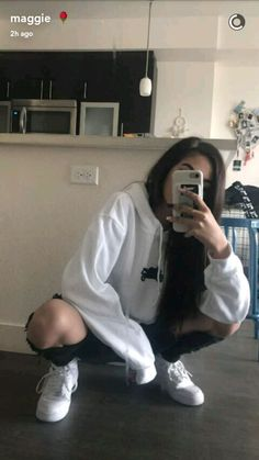 {Maggie lindemann}[[BF needed]] hey I'm Maggie but call me mags for short. I'm 18 and single. I'm not that open with people but if I trust you I can be pretty open