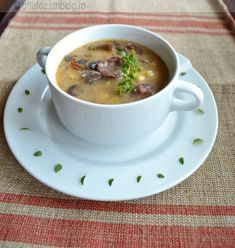 Bakonyi betyárleves Cheeseburger Chowder, Tea Cups, Cooking, Tableware, Recipes, Diabetes, Soups, Kitchen, Dinnerware