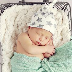 Precious newborn photo by mmphototx.com featuring the Woolf With Me Knotted Cap in Gray Watercolor Stars!  xo Lindsay Woolf  #woolfwithme