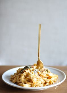 Make fall flavorful with browned butter & butternut squash pasta. It's an easy recipe in under 30 minutes.