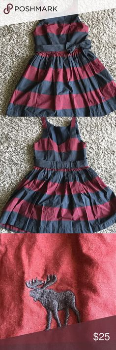 Abercrombie & Fitch dress 🎀 Burgundy and navy blue striped dress. Great condition. By Abercrombie & Fitch Abercrombie & Fitch Dresses