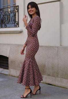 Travel in style trendy vintage inspired seasonal looks Moda Flamenca Stylish Dresses, Simple Dresses, Elegant Dresses, Pretty Dresses, Beautiful Dresses, Casual Dresses, Mode Outfits, Dress Outfits, Fashion Dresses