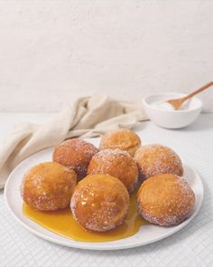 The stickiest, sweetest treats EVER! Eggless Recipes, Baking Recipes, Dessert Recipes, Donut Recipes, Creative Desserts, Creative Food, Homemade Biscuits, Homemade Breads, Baked Donuts
