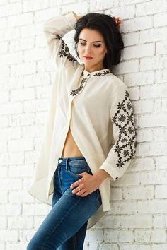 Embroidered blouse Brand OKSANA POLONETS Folk Fashion, Ethnic Fashion, Womens Fashion, Embroidered Clothes, Embroidered Blouse, Nicole Fashion, Ukrainian Dress, The Office Shirts, Simple Dresses