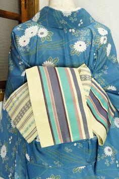 おだやかな綺麗色で織り出されたストライプがスタイリッシュな正絹博多の半幅帯です。 #kimono
