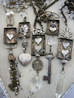 Creative Ideas to Turn Vintage Keys into New Jewelry