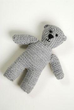 Knitted Bear ∙ Free Pattern
