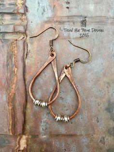 Copper Hoop Earrings Handmade by Traebetruedesign on Etsy Copper hoops handmade by Traebetruedesign on Etsy Copper Earrings, Gold Hoop Earrings, Beaded Earrings, Earrings Handmade, Beaded Jewelry, Silver Jewelry, Handmade Jewelry, Jewelry Crafts, Jewelry Ideas