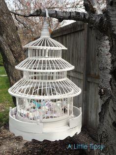 bird cages as centerpieces - so romantic