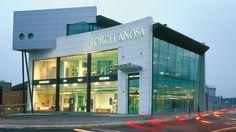 Celebramos la remodelación de la tienda londinense de Porcelanosa en Fulham, ahora con 750 metros cuadrados de exposición.