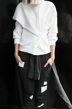 Outfit: white BACK sweater   MyDubio