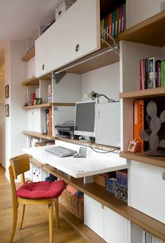 10 Meubles Ingénieux pour Ordinateur!!! | homify Built In Furniture, Office Furniture Design, Guest Room Office, Home Office Decor, Home Decor, Office Ideas, Desk In Living Room, Living Spaces, Modern Tv Room