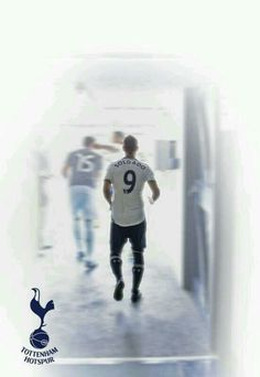 18 Aug. 2013 Soldado scores on a nifty penalty shot to give Spurs a 1-0 win v. Crystal Palace.