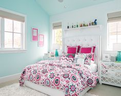 Example Of A Large Transitional Teen Room Design For Girls With Green Walls And Carpet Mdash Nbsp Example Of A Large Transitional Teen Room Design For Girls With Green Walls And Carpet Mdash Nbsp