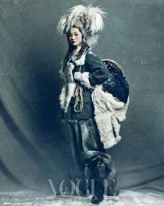 "The Terrier and Lobster: ""Queen of Snow"": Han Hye Jin, Song Kyung Ah, and Jang Yoo Ju by Hong Jang Hyun for Vogue Korea Vogue Korea, Vogue Japan, Foto Fashion, Fashion Art, Gypsy Fashion, Fashion Ideas, Korean Fashion Trends, Asian Fashion, Ethnic Fashion"